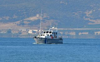 two-rescued-after-speed-boat-sinks-off-spetses
