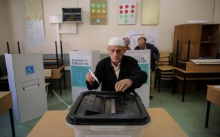 low-turnout-during-first-six-hours-of-voting-in-fyrom-referendum