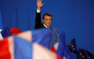 greece-s-mainstream-parties-welcome-macron-victory