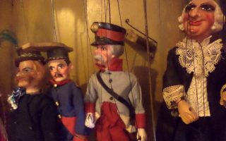puppets-athens-all-year