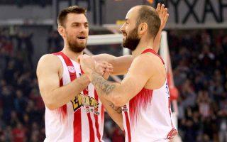 greeks-show-their-teeth-in-euroleague