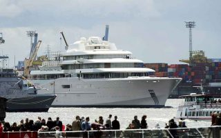 greeks-third-in-super-yacht-ownership