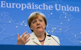 merkel-stresses-conditions-for-eu-turkey-deal-on-refugees