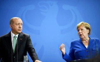merkel-plans-turkey-trip-to-preserve-migrant-pact-newspaper-reports