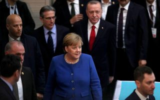 germany-s-merkel-in-turkey-for-talks-with-erdogan-on-migration-deal