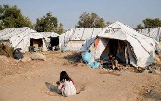 fire-at-lesvos-refugee-camp-burns-down-three-tents-no-injuries0