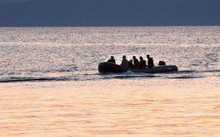 greek-coast-guard-fires-warning-shots-against-migrant-boat