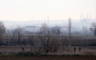 greece-denies-nyt-report-of-secret-amp-8216-black-site-amp-8217-for-migrants-near-turkish-border