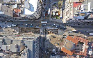 thessaloniki-building-sinks-above-metro-tunnel