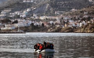 greece-investigates-aid-workers-for-suspected-migrant-smuggling-espionage