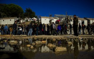 eu-welcomes-greek-request-for-border-aid