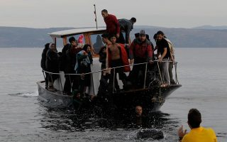 eighteen-migrants-reported-drowned-heading-for-greece0