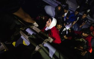 plans-to-relocate-10-000-migrants-to-mainland