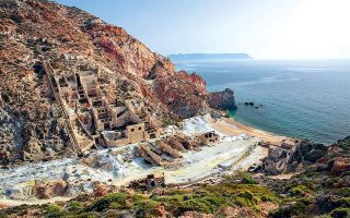aegean-islanders-protest-against-new-forest-maps