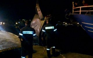 two-minors-drown-after-car-plunges-off-quay-on-lesvos