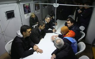 new-democracy-voices-concern-over-course-of-refugee-crisis