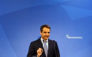 mitsotakis-rift-between-left-and-right-undermining-coalition