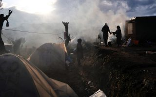 un-agency-warns-of-sexual-violence-at-greek-refugee-camps