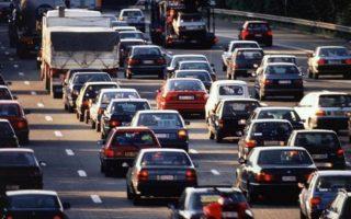 greek-motorists-take-a-chance-on-insurance-as-crisis-bites