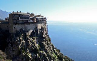 two-mount-athos-monasteries-on-lockdown-following-coronavirus-outbreak