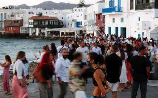 curfew-on-mykonos-as-covid-19-cases-rise