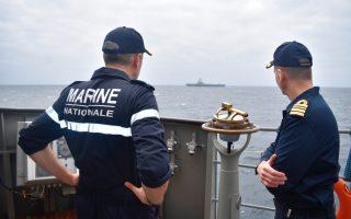 french-navy-commander-visits-greek-frigate