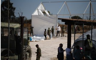 just-800-of-greek-island-amp-8217-s-12-500-homeless-migrants-rehoused