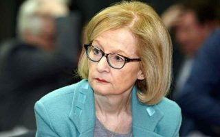 greek-banks-must-do-more-to-cut-non-performing-loans-ecb-amp-8217-s-nouy-says