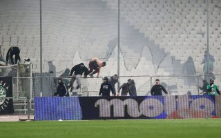 eight-arrested-over-clashes-during-greek-soccer-derby
