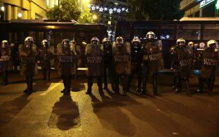 anti-obama-protesters-in-athens-to-test-police-ban
