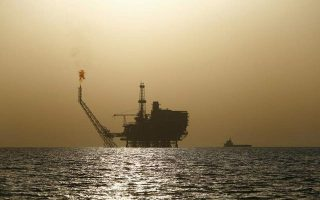 us-snaps-back-iran-sanctions-greece-and-seven-others-granted-oil-waver0