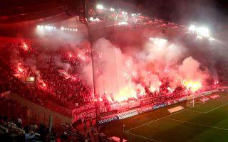 reds-thrash-aek-in-derby-as-greens-go-alone-on-top