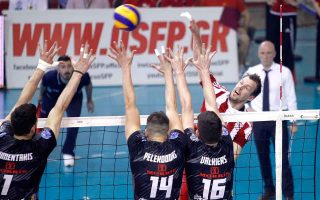 olympiakos-sweeps-paok-to-win-the-volleyball-league-unbeaten