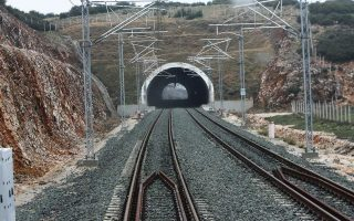 ose-says-cut-cables-found-in-liakokladi-domokos-railway-section