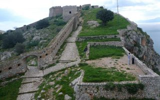 french-school-pupil-injured-during-visit-to-historic-nafplio-fortress