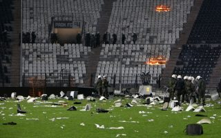 paok-fans-arrested-for-storming-pitch-released-pending-trial