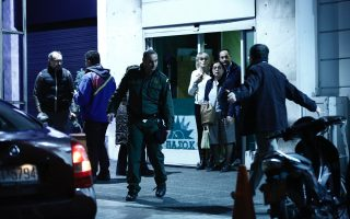 gunshots-fired-outside-pasok-offices-in-athens-no-one-hurt