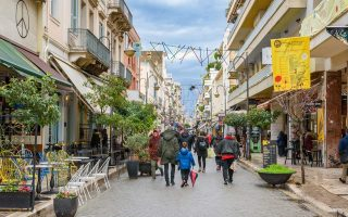 restaurants-and-bars-close-in-patra-to-protest-high-taxes