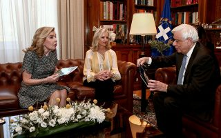 parthenon-marbles-focus-of-meeting-between-greek-president-us-rights-advocate