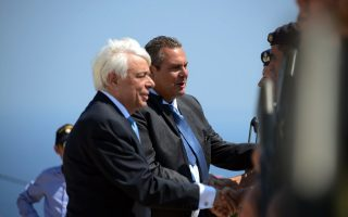 turkish-warnings-for-helicopters-carrying-greek-president-on-island-tour
