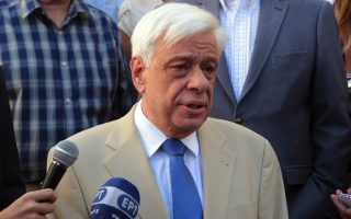 pavlopoulos-extends-condolences-to-china