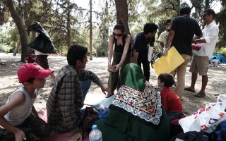 seven-children-from-makeshift-refugee-camp-in-athens-receive-treatment