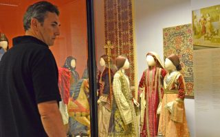 greek-sites-museums-saw-almost-10-pct-more-visitors-last-year