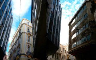 the-grand-microcosm-of-petraki-street-in-the-heart-of-the-capital0