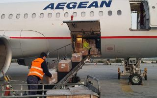 aegean-airlines-flight-arrives-in-athens-with-1-7-million-surgical-masks-from-china