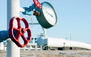 kuwait-signs-deal-with-greece-s-desfa-for-liquefied-gas-import-terminal-report-says