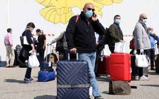 plan-drafted-to-repatriate-greeks-from-italy