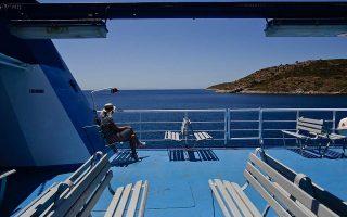 face-masks-made-compulsory-on-ferry-decks