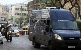 detainees-escape-during-transport-from-korydallos