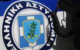 syrian-arrested-for-beating-toddler-at-chios-camp